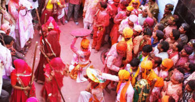 Top 5 Places in India for The Best Holi Celebration And Experience
